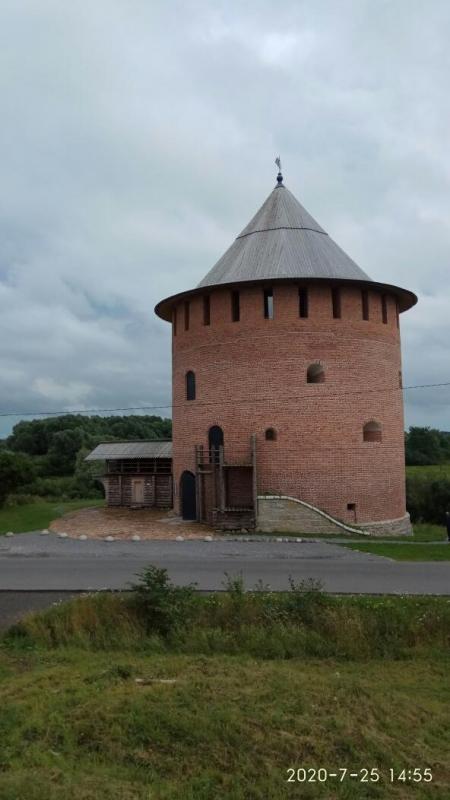 Novgorod kremlin RC-049Withe (Alekseevskaya) Tower